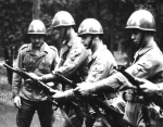 wojsko1-150x117 Kiepski początek
